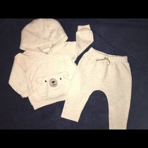 Quilted pullover sweatsuit